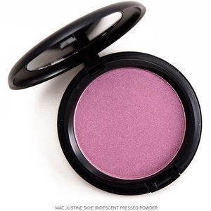 New MAC Justine Skye Iridescent Powder